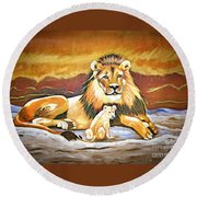 Black Maned Lion And Cub Round Beach Towel
