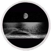 Black Night At The Shore Round Beach Towel