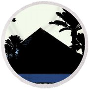 Blk And Wt Pyramid3 Round Beach Towel
