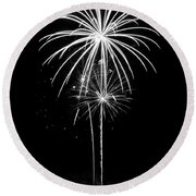 Blooming In Black And White Round Beach Towel