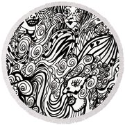 Blowing In The Breeze Round Beach Towel