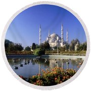Blue Mosque, Sultanahmet, Istanbul Round Beach Towel