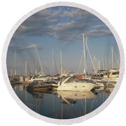 Harbor Cams Round Beach Towel