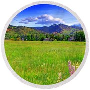 Boulder Park View Round Beach Towel