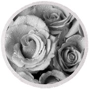 Bouquet Of Roses With Water Drops In Black And White Round Beach Towel