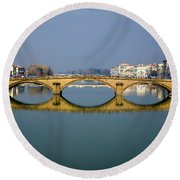 Bridge In Florence Round Beach Towel