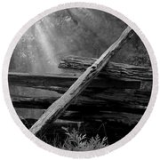 Broken Fence In Morning Light At Yosemite Round Beach Towel