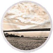 Brooklyn Bridge In Sepia Round Beach Towel