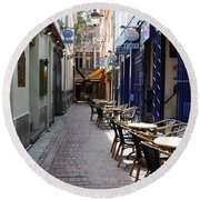 Brussels Side Street Cafe Round Beach Towel
