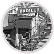 Bud'd Broiler New Orleans-bw Round Beach Towel