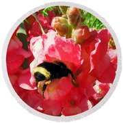 Bumblebee And Snapdragon Round Beach Towel