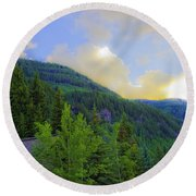 Cabin On The Mountain - Vail Round Beach Towel