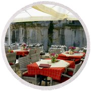 Cafe In Split Old Town Round Beach Towel