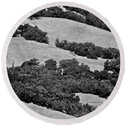 California Hillside Oaks Round Beach Towel