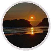 Cannon Beach Sunset Round Beach Towel