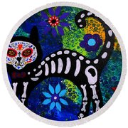 Cat Day Of The Dead Round Beach Towel