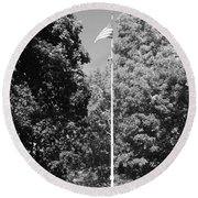 Central Park Flag In Black And White Round Beach Towel