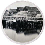 Charleston South Carolina - Vanderhorst Wharf - C 1865 Round Beach Towel