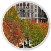 Chicago In Autumn Round Beach Towel