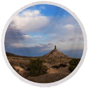 Chimney Rock On The Oregon Trail Round Beach Towel