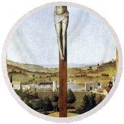 Christ Crucified Round Beach Towel
