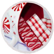 Christmas Cheer Round Beach Towel