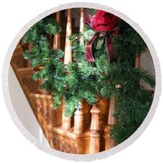 Christmas Garland Round Beach Towel