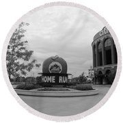 Citi Field In Black And White Round Beach Towel