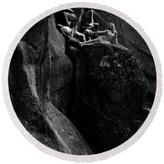 Cliff Dancers Black And White Round Beach Towel