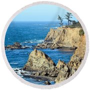 Cliffside Oceanview Round Beach Towel