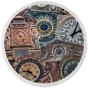 Clocks Of Paris Round Beach Towel