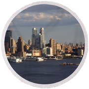 Clouds Rolling In On New York City Round Beach Towel