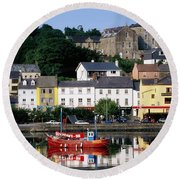 Co Cork, Kinsale Round Beach Towel