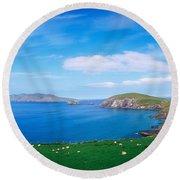 Co Kerry, Dingle Peninsula, Slea Head & Round Beach Towel
