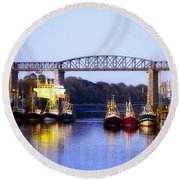 Co Louth, Drogheda And River Boyne Round Beach Towel