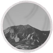 Co Rocky Mountain Front Range Hot Air Balloon View Bw Round Beach Towel