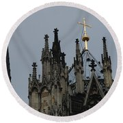 Cologne Cathedral Towers Round Beach Towel