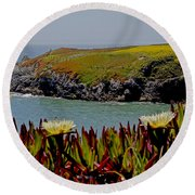 Colorful Point Round Beach Towel