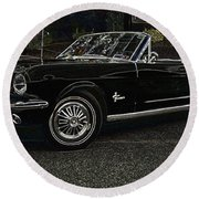 Cool Classic Mustang Round Beach Towel