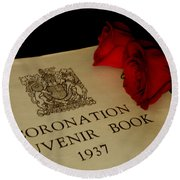 Coronation Book With Roses Round Beach Towel