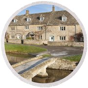 Cotswold Village Of Lower Slaughter Round Beach Towel
