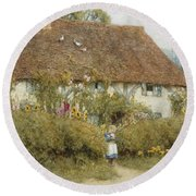 Cottage At West Horsley Surrey Round Beach Towel