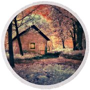 Cottage In The Woods Round Beach Towel