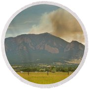 Country View Of The Flagstaff Fire Panorama Round Beach Towel