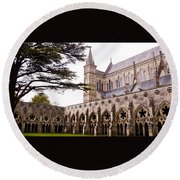 Courtyard Salisbury Cathedral - England Round Beach Towel