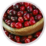 Cranberries In A Bowl Round Beach Towel