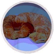 Croissants In Love Round Beach Towel