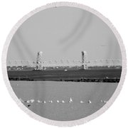 Cross Bay Bridge In Black And White Round Beach Towel