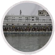 Crowd Of Devotees Inside The Golden Temple Round Beach Towel