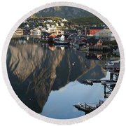 Crystal Waters At Reine Village Round Beach Towel